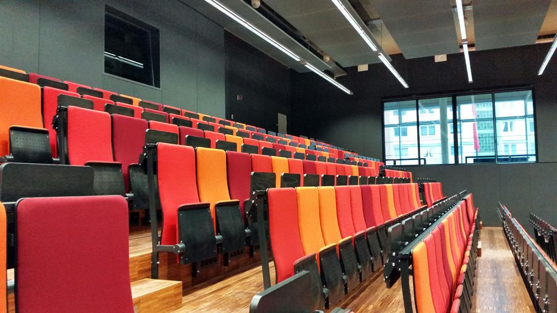 Main lecture hall of campus Derendorf
